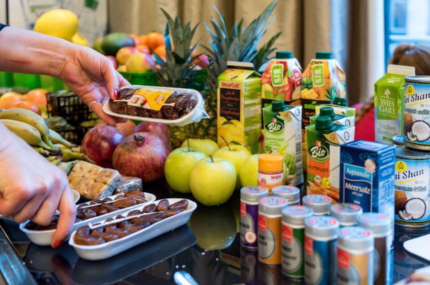Obst Früchte Gewürze Datteln Saft