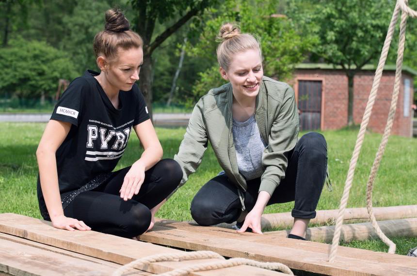 Flossbau Holz Seil Team