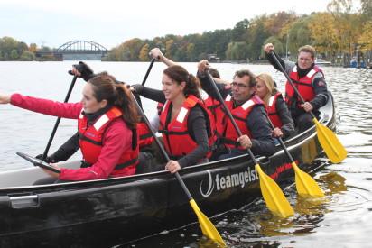leute im paddelboot-Potsdam
