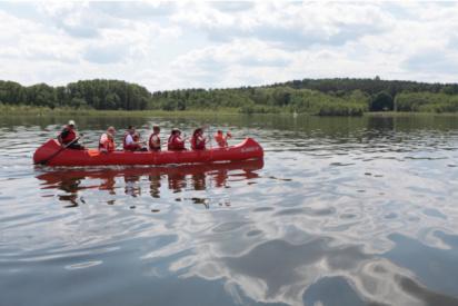 Sommerpaket:-Drachenboottour-und-Catering-drachenboot