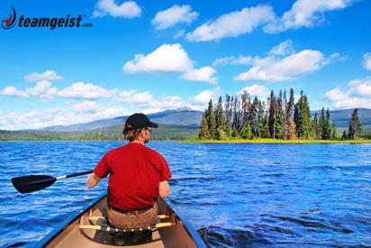 Mann im Boot-Halle