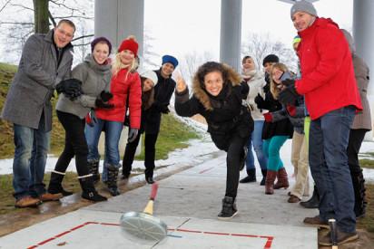 (Eis-)StockschieSsen-Hotelpartner-wintergames-eisstockschiessen-kongresshotel.jpg-Seehotel Zeuthen