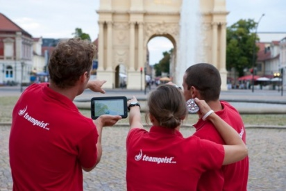 Teamgeist-Teamkunst-teampainting_leute.jpg-Chemnitz
