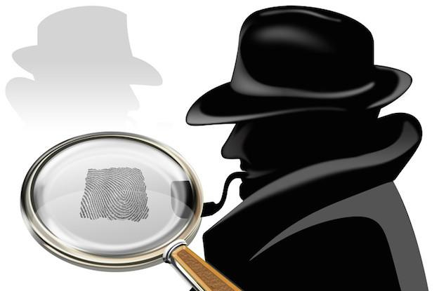 detektiv mit pfeife