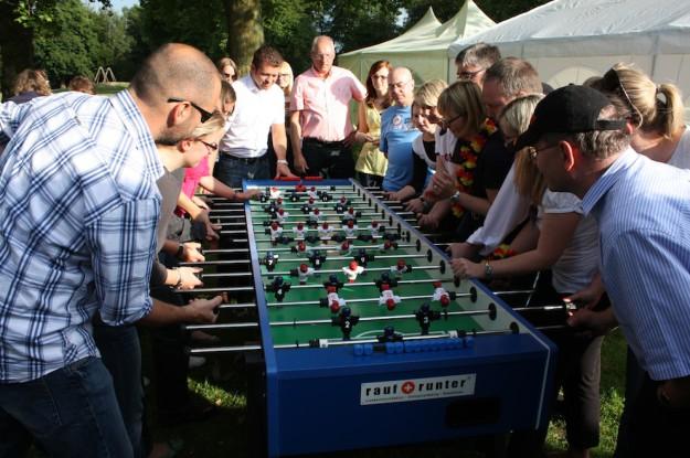 Das teamgeist Kicker Event verspricht Spaß auch für Großgruppen-Hamburg
