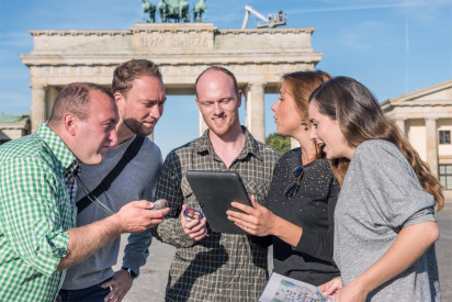 tabtour game berlin ipad rallye team brandenburger tor