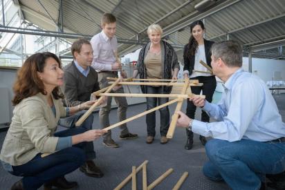teamarbeit skulpturenbau-Trier