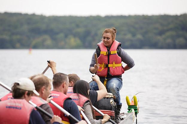 Drachenboot-Frau