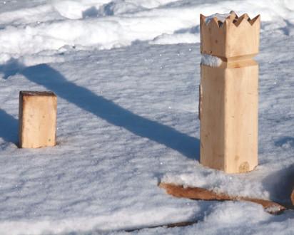 Kubb König Winter Schnee