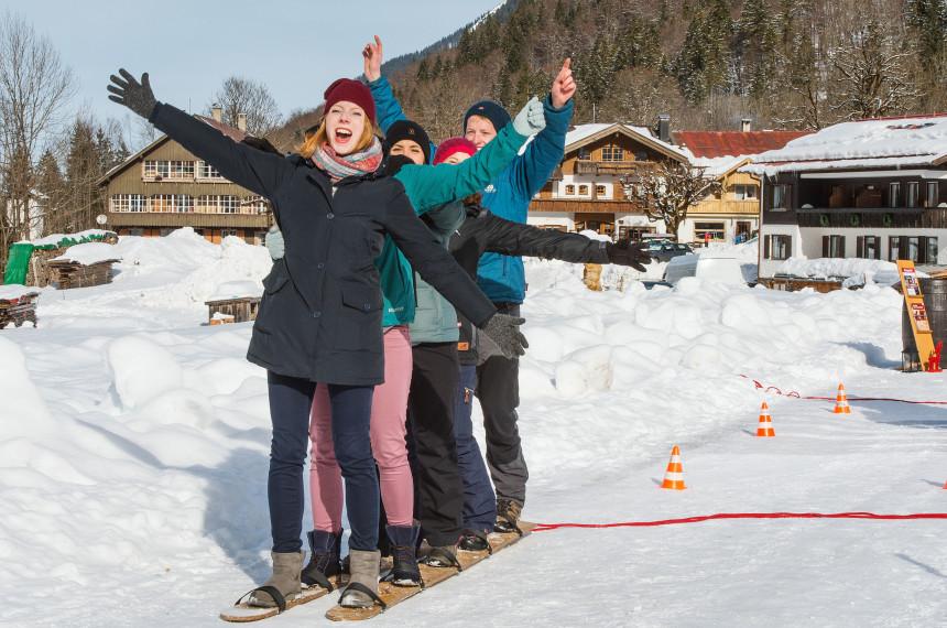 Winter Challenge im Winter mit spannenden Aktivitäten für das Team
