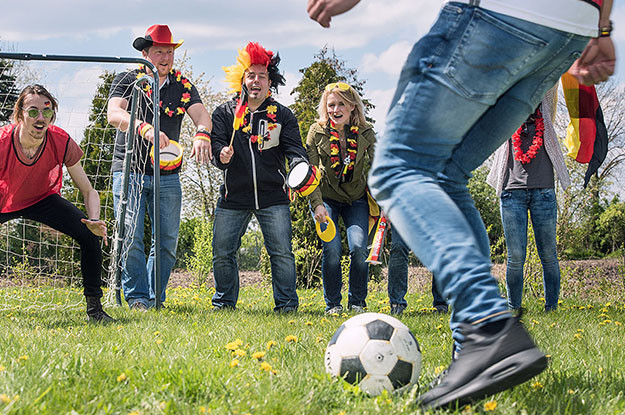 fußball team challenge hamburg  teamgeist