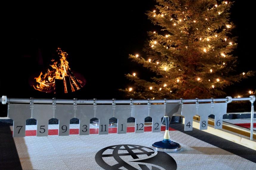 Eisstockschiessen Eisstock Lattl-Gestell Weihnachtsbaum Feuer
