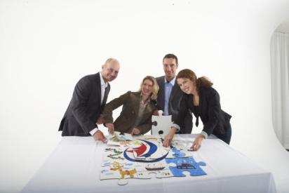 Menschen mit Puzzle-Lüneburg