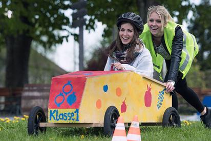 Seifenkisten-Grand-Prix-als-Teamevent-Blossin-seifenkistenbau-01.jpg
