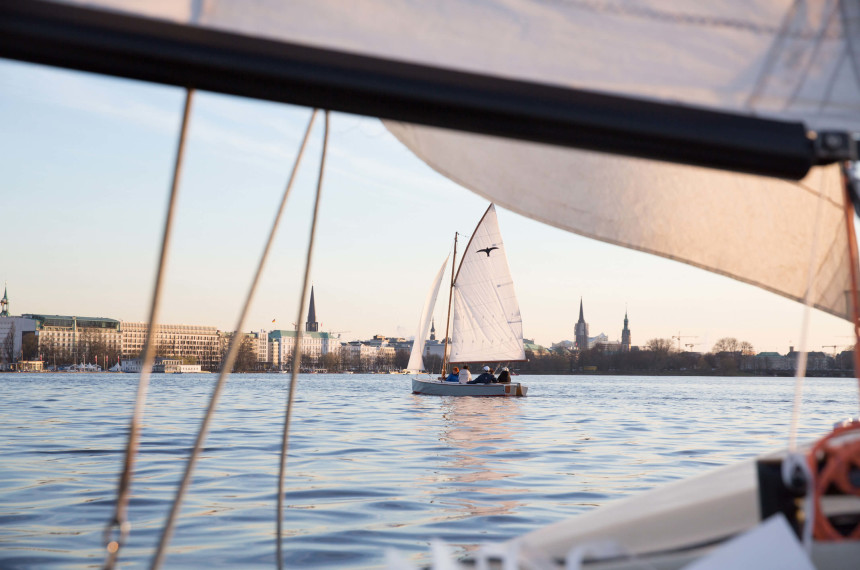 Champagne Sailing on the Alster Hamburg 1