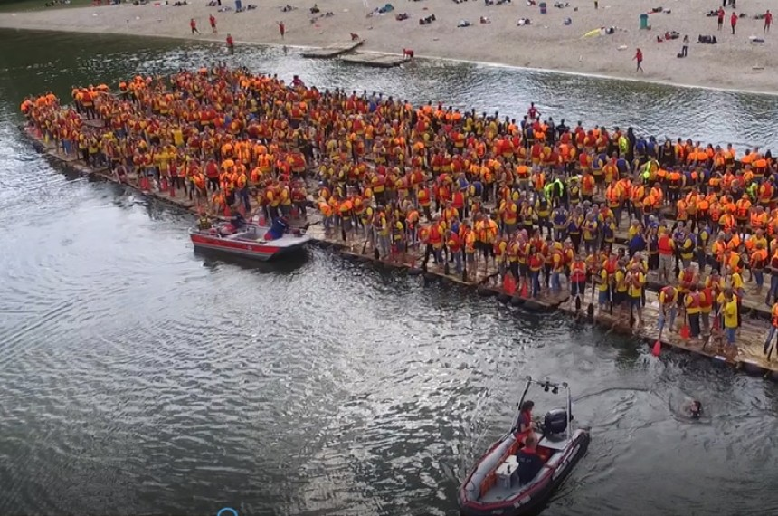 Megafloßbau Weltrekord Köln