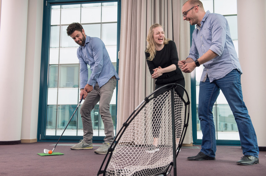 Golf Indoor Team Hindernis Ball Schlaeger