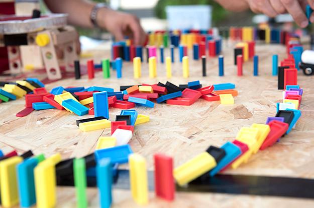 domino hand-Frankfurt