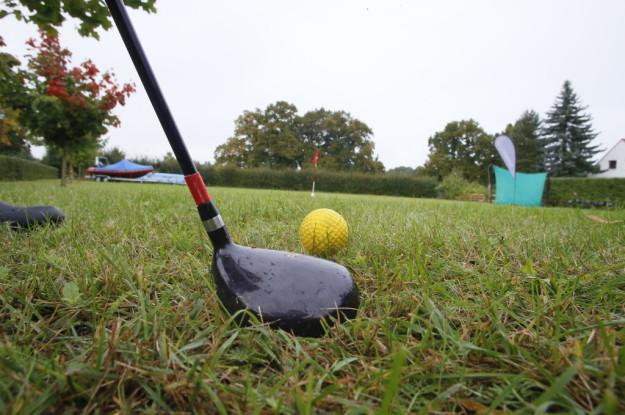 corss golf team event