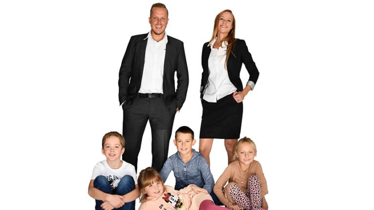 Familienfoto Sigrud Mayhofer und Jürgen Resch teamgeist