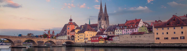 Steinerne Brücke und Regensburger Dom
